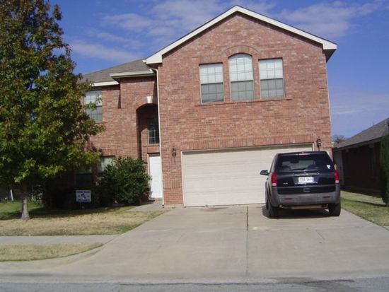 9884 Willowick Ave, Fort Worth, TX 76108
