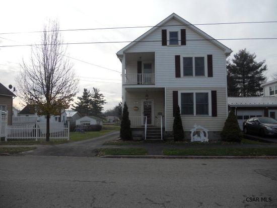 251 W Garrett St, Somerset, PA 15501
