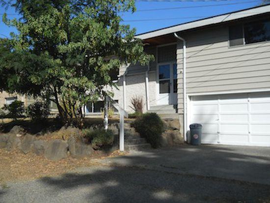 3004 SW 110th St, Seattle, WA 98146
