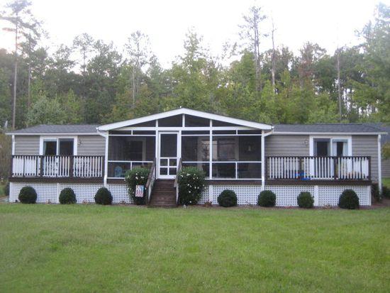 121 Bridgewater Ct, Macon, NC 27551