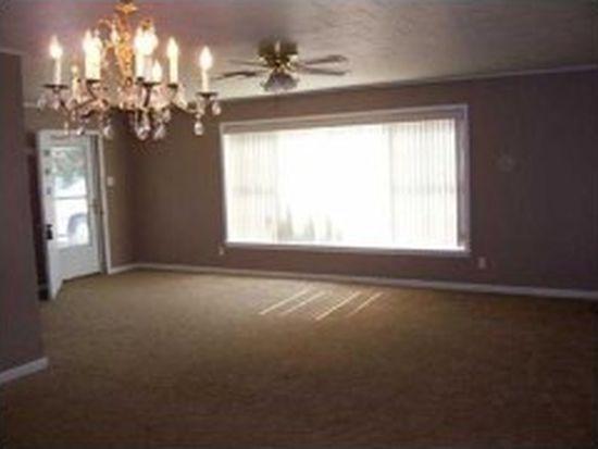138 Petticoat Ln, Lake Charles, LA 70605