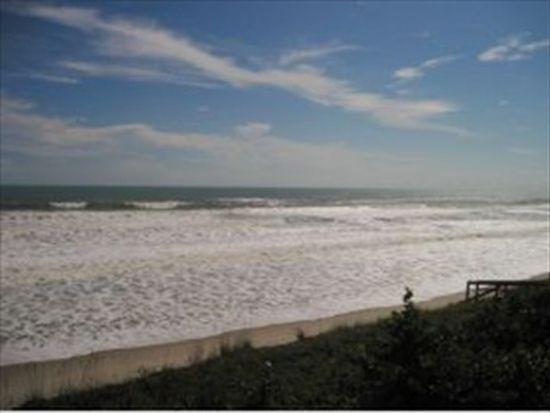 925 Highway A1a APT 304, Satellite Beach, FL 32937