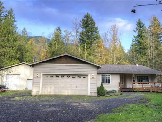 22118 E Yakima Ln, Rhododendron, OR 97049
