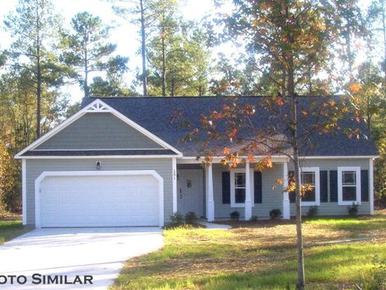 118 Bayside Dr, Sneads Ferry, NC 28460