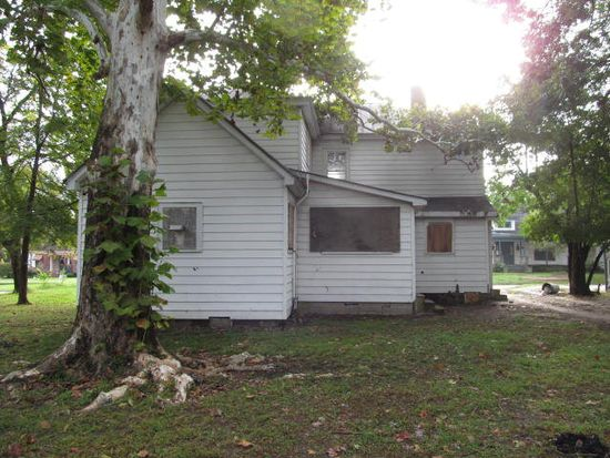 318 N Howell St, Rocky Mount, NC 27804