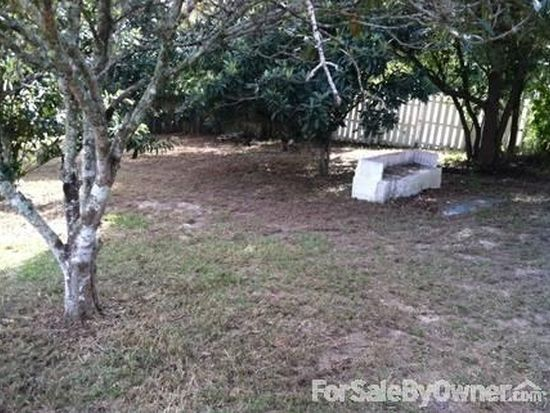 1404 Bolger Ave, Spring Hill, FL 34609