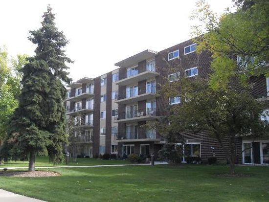 5300 Walnut Ave APT 9A, Downers Grove, IL 60515