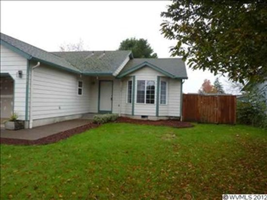 1053 E St, Independence, OR 97351