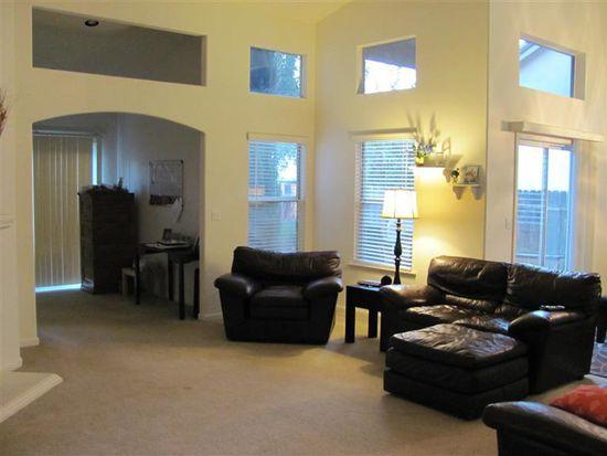 2281 E Revere Rd, Fresno, CA 93720