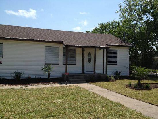 5125 Cain Dr, Corpus Christi, TX 78411