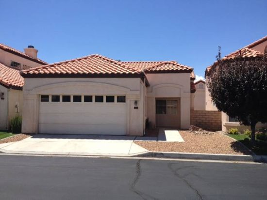 11556 Winifred Dr, Apple Valley, CA 92308