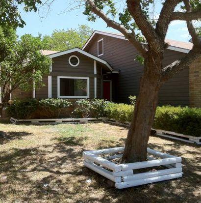 6962 Sunset Village Dr, San Antonio, TX 78249