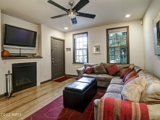 2220 40th St NW APT 1, Washington, DC 20007