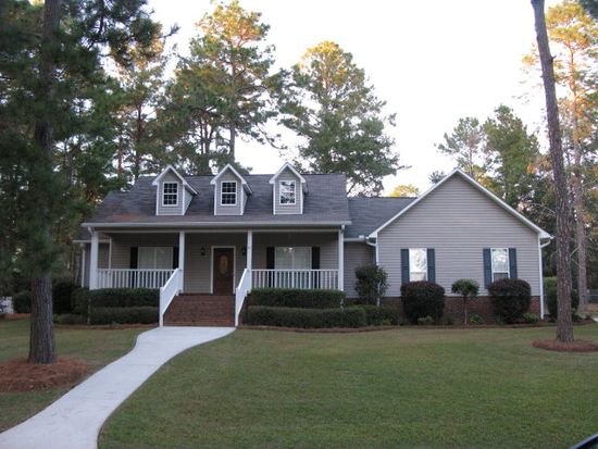 27 Wiregrass Cir, Moultrie, GA 31768