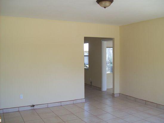 840 Woodlawn St, Clearwater, FL 33756
