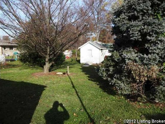 1855 Heaton Rd, Shively, KY 40216