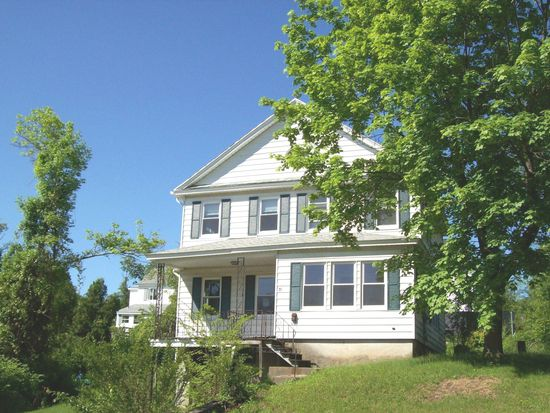 31 Garrison Ave, Worcester, MA 01606