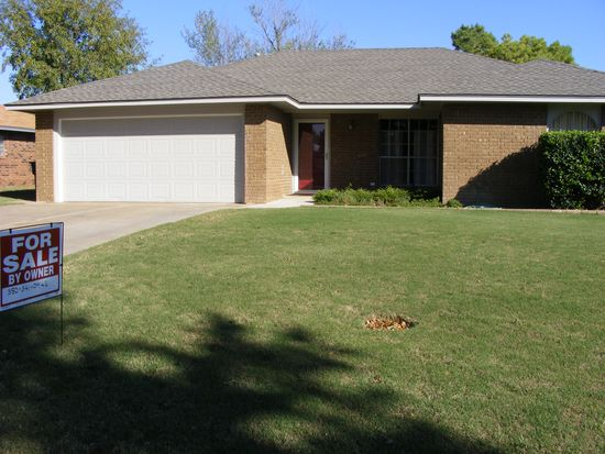 4102 Oakcrest Ave, Enid, OK 73703