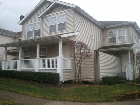 8438 NE Knott St UNIT D, Portland, OR 97220