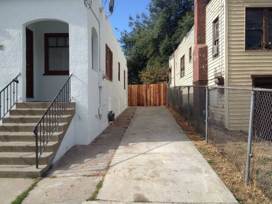 6943 Lacey Ave, Oakland, CA 94605