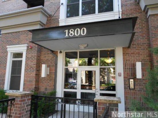 1800 Clinton Ave APT 304, Minneapolis, MN 55404