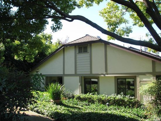 1 Village Ct, San Rafael, CA 94903