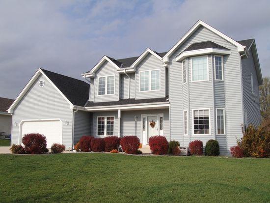 830 E Scenic Rd, Oak Creek, WI 53154