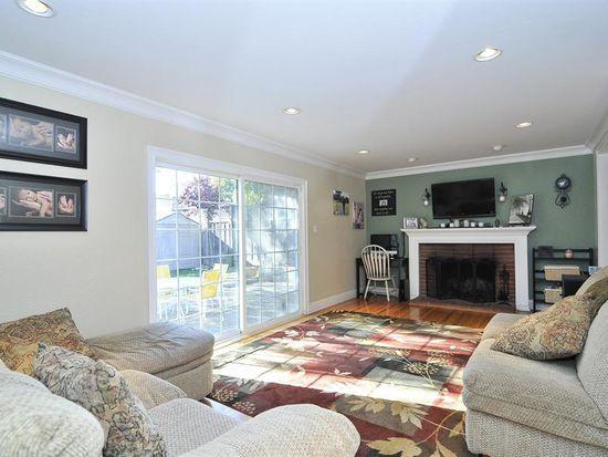 1398 Ridgewood Dr, San Jose, CA 95118