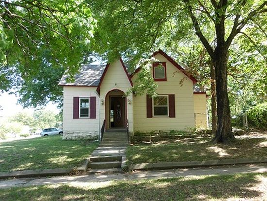 500 S 2nd St, Independence, KS 67301