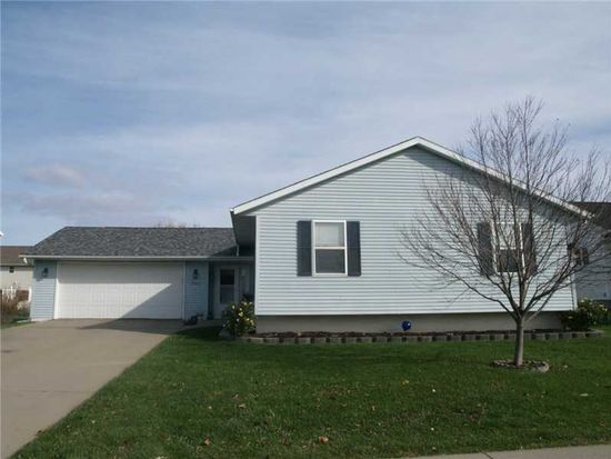 1905 48th Street Ct, Marion, IA 52302