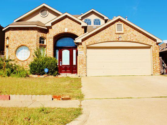 2028 Shepherds Glen Ln, Arlington, TX 76010