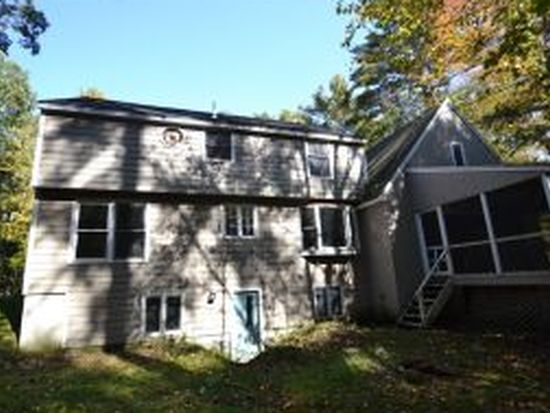 4 Fieldstone Dr, Amherst, NH 03031