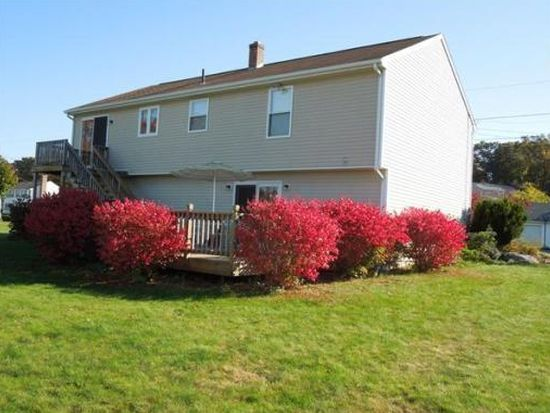 112 Carrier Ave, Attleboro, MA 02703