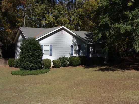 750 Mcintyre St, Sandersville, GA 31082