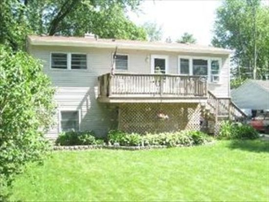 8908 Acorn Path, Wonder Lake, IL 60097