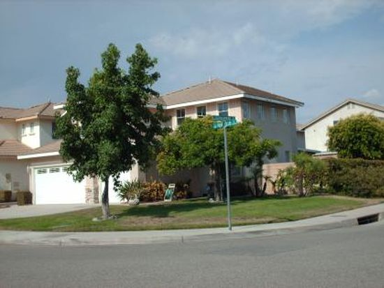 5659 Hunt Club Dr, Fontana, CA 92336