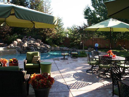 9039 Windcove Ct, Fair Oaks, CA 95628