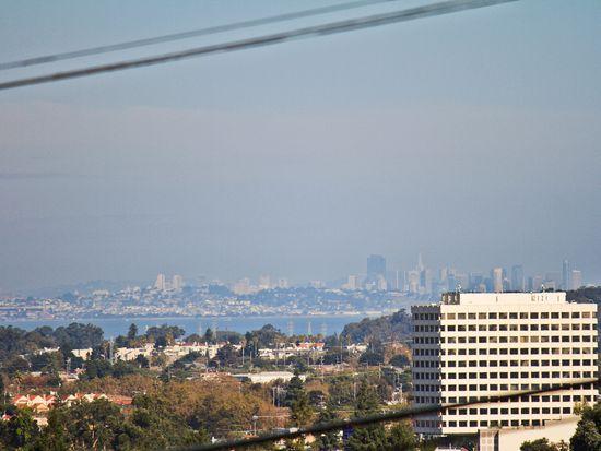 28 Rolling Hills Ave, San Mateo, CA 94403