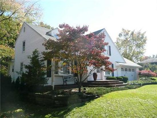 517 S Mercer Ave, Hermitage, PA 16148