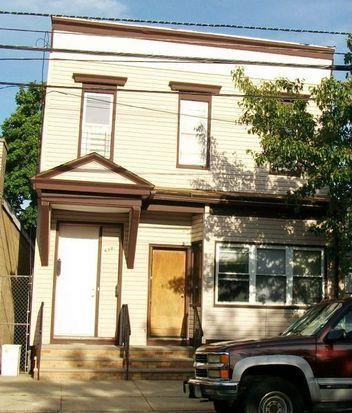 698 Bergen St, Newark, NJ 07108