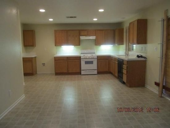 14000 Yearling Ln, Victorville, CA 92394