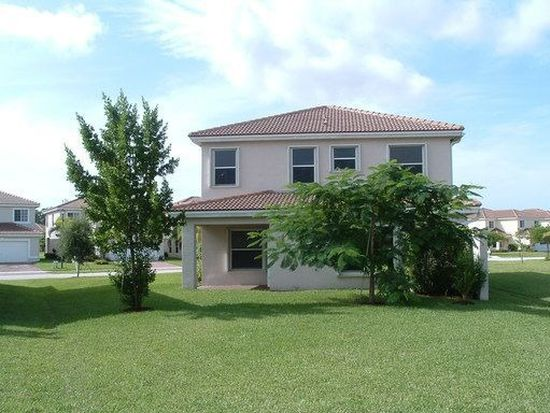 723 Perdido Heights Dr, Greenacres, FL 33413
