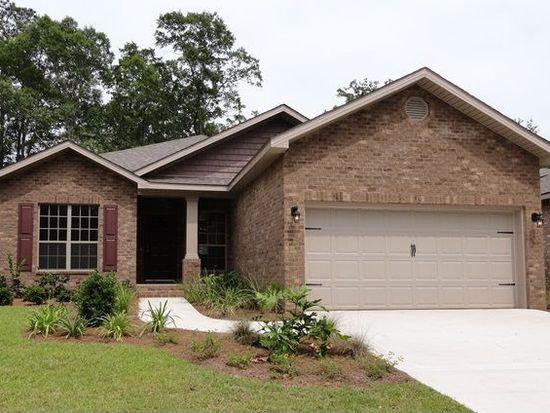 3559 Autumn Woods Dr, Crestview, FL 32539