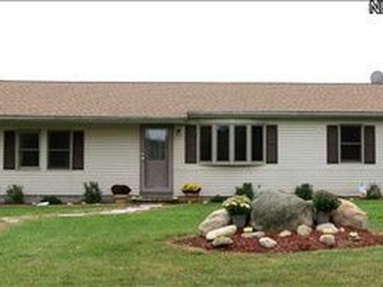 5506 Footville Richmond Rd, Rock Creek, OH 44084