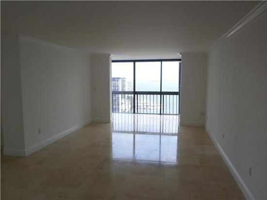 2333 Brickell Ave APT 2211, Miami, FL 33129