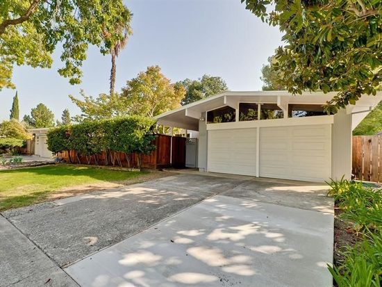6092 Willowgrove Ln, Cupertino, CA 95014