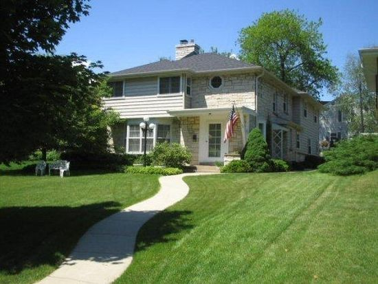 2012 N Menomonee River Pkwy, Milwaukee, WI 53226