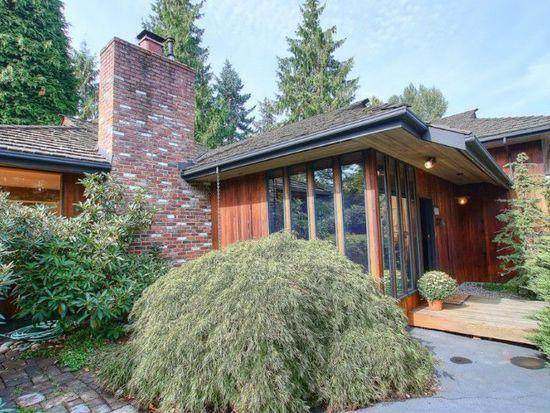 10321 Ravenna Ave NE, Seattle, WA 98125