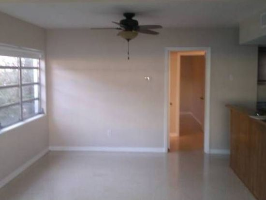 508 Channel Dr, Tampa, FL 33606
