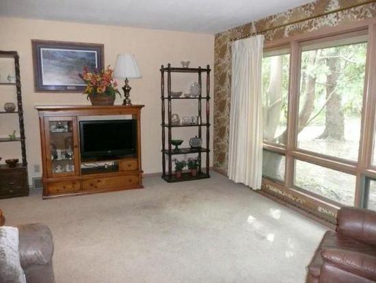 1320 Post Rd, Brookfield, WI 53005